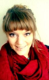 Anne-<b>Marie Münch</b> arbeitet seit 2011 als Physiotherapeutin. - big_32549152_0_170-275